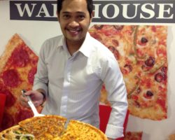 Pizza Warehouse: Best New-York Style Pizza Selections in Town and More!